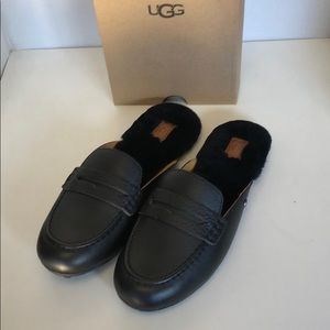 💝New Ugg Shaine Black Leather Loafers Mules sz 8